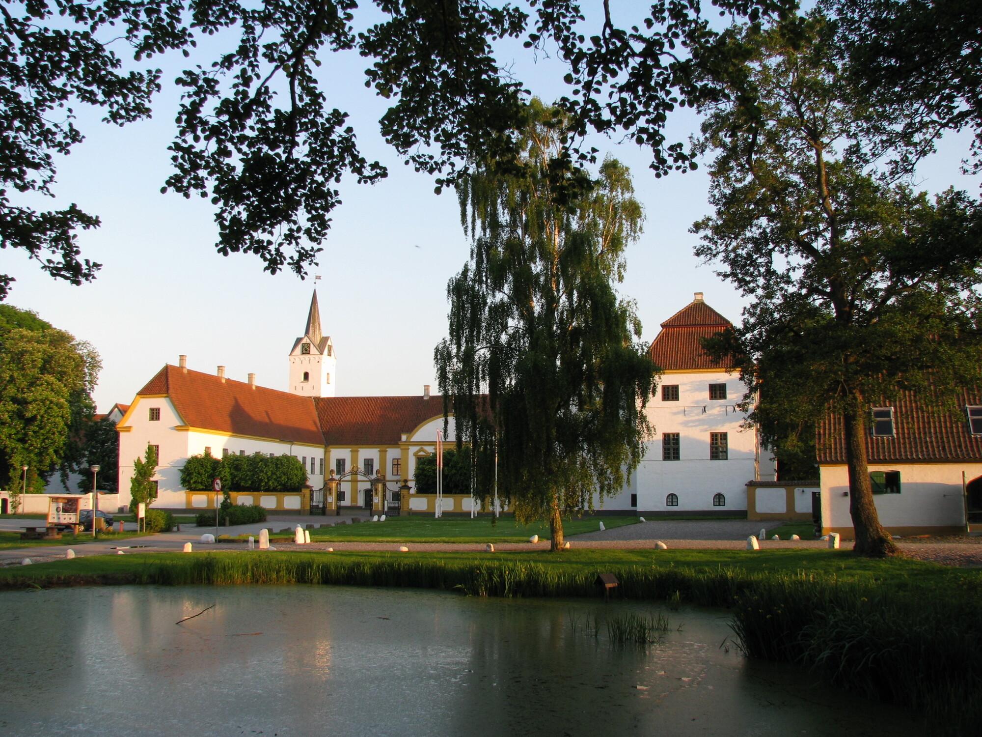 dronninglund_slot